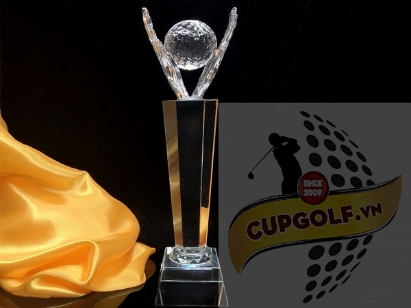 Cup golf pha lê 97