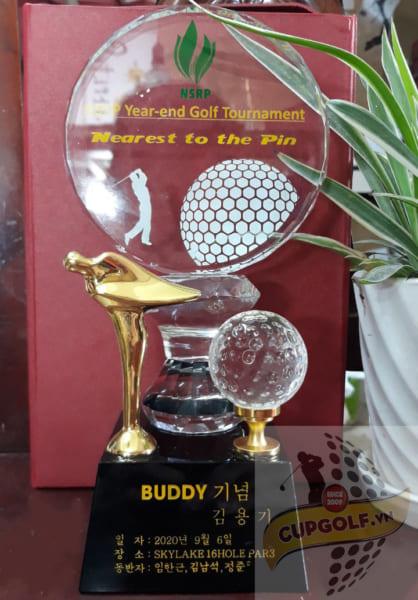 Cup golf pha lê 100